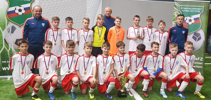 Reprezentacja Małopolski z Pucharem oraz medalami