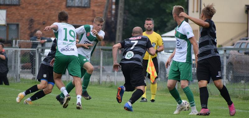 Osiem bramek w meczu z LKS Śledziejowice